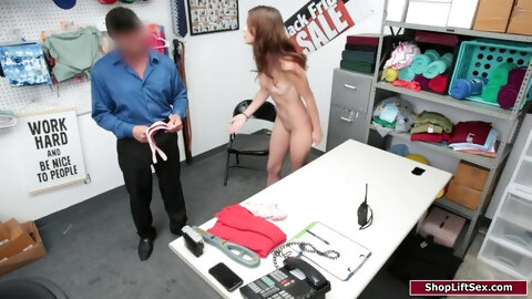 19yo giving a blowjob to security guard