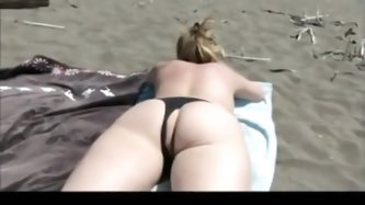Sexy wife with amazing ass lets her husband cum in her pussy