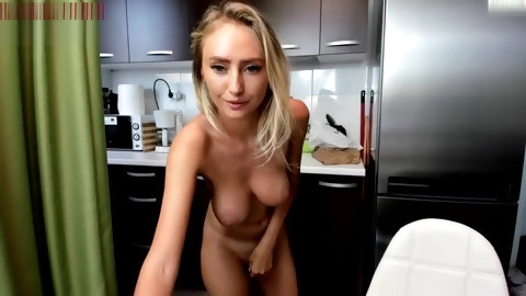 Petite Blonde squirt solo with fingers and vibrator