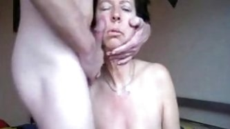 Oral fuck on mature with saggy tits