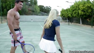 After an intense tennis tournament, beefy dude hooks up with a tasty looking blond chic. First they kiss gently before they get naked so that an insat