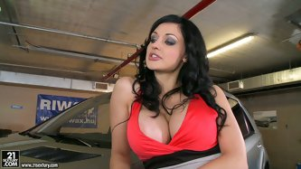 Aletta Ocean gets horny in the car shop. That black mechanic has something to fix the pussy of Aletta. She is going to check it out right now.