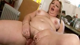 This slutty mature aunty is craving for climax so she is up for any vile and bizarre action. Watch her getting fucked hard with sex machine. Female ej