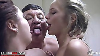 Mom daughter and lover sex Italian, hot threesome