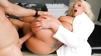 Dr. Sadie Swede's daily masturbation session is her favorite part of every day, but when she got interrupted by a medical emergency, her finely t