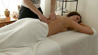 In this fantastic massage xxx movie scene u'll watch a delicious brunette hair tempted by a lewd massage therapist. This boy-friend knows sexy to