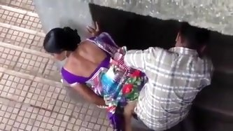 Free porn fotos and movie scene of a pair from Surat is having sex in the below bridge area. This pair was looking hornier when they have reached this