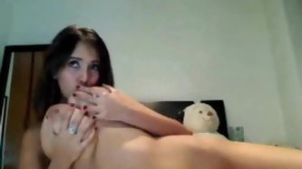 Slender chick with huge naturals is awesome - Webcam Porn